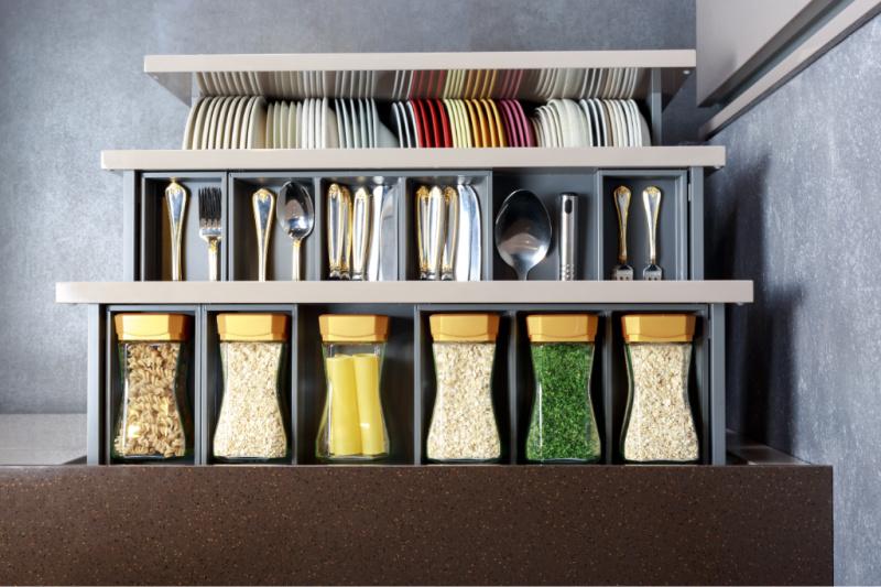 Organized drawer in kitchen